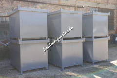 1,5 m3-es, targoncával üríthető konténerek